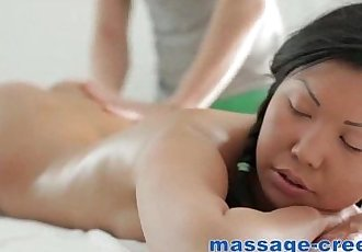 Asian has a surprise at massage - 6 min