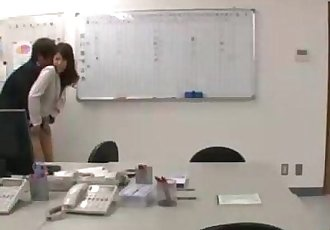 Office Lady Rapped By 2 Guys Fingered And Licked On The Chair In The Office - 9 min