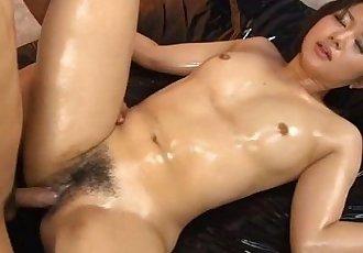 Slut sits on his face - 5 min