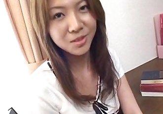 Yuka Koizumi gets boner in her nasty slit - 10 min