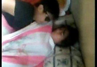 Nagpatira si Nene walang paki kahit Nanjan ang Barkada - www.kanortube.com - 8 min