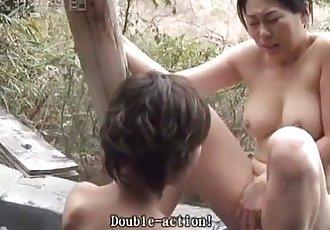 41Ticket - Rin & Myus Lesbian Threesome - 5 min