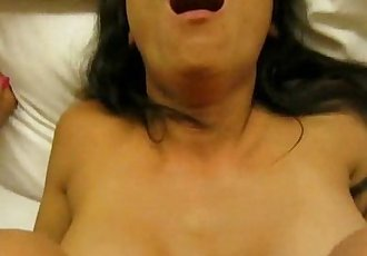 Asian brunette sex and facial - 3 min