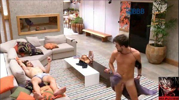 Big Brother BrasilBBBRafael fica pelado e mostra o Pau, Pinto, Pênis
