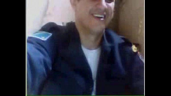 Policial de Campo Grande mostrando o pau na webcam