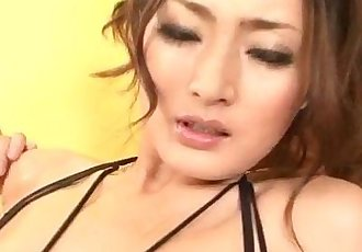 Strong masturbation show for hotRisa Murakami - 12 min