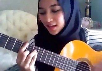 Cina Melayu 8 videos - Indonesian - 13 min