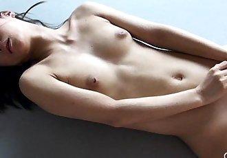 Gravure.com idol Reika Yamada 山田玲華 shaved pussy dildo masturbation - 5 min