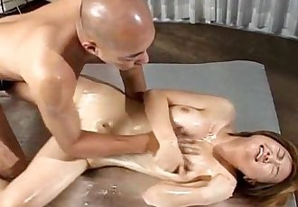 Erotic massage with Mai - 8 min