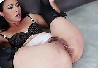 RealAsianExposedDana Vespoli really wants her butt hole taken care ofHD