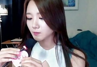Hot babe Korean girl show perfect boobs - online on showcamgirl.com - 15 min