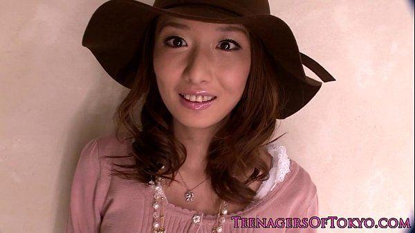 Pretty japanese teen at a messy bukkake HD
