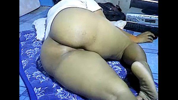 Asian girl showing big thick ass on webcam. My X-mas live webcam show: 4xcams.co