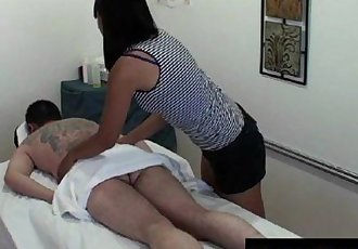 Real jap masseuse gives ball massage - 8 min HD