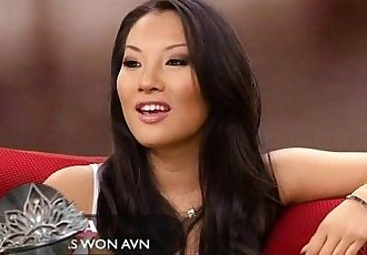 Asa Akira Comments on 70s Porn with Dave Attell - 5 min
