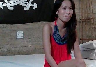 Skinny Amateur Asian Gives A Bathtub BJ - 5 min