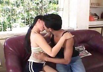 Filipina babe fucked outdoor - 6 min