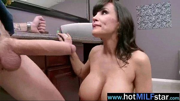 Sexy Milf (lisa ann) Like Big Cock For Hard Action Sex clip-21