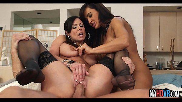 Threesome With Neighbor Lisa Ann, Kendra LustHD