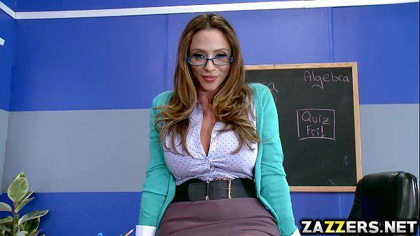 Ms Ariella Ferrera sucking Jessy Jones thick cock