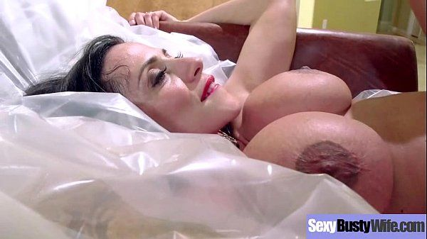 Sex Scene With Cute Big Juggs Mommy (ariella ferrera) vid-04