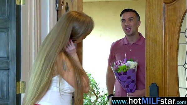 Sex Acrion With Hungry For Big Cock Mature Lady (darla crane) clip-15