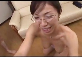 Mature Asian Woman Sucking On A Cock - 8 min