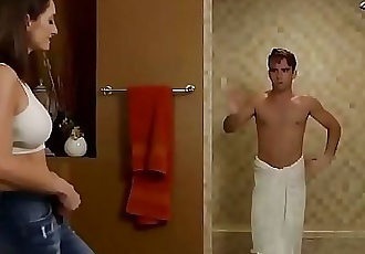 Surprised in the shower 23 min HD