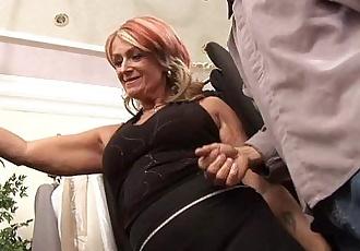 Old Lady Joanna Depp Fucks Young Boyfriend In Dressing RoomHD