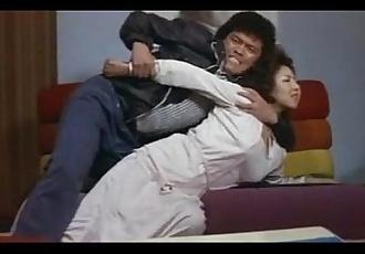 Tamaki Katsura and Naomi Oka in the movie Reipu ! 25-ji bōkan - 8 min