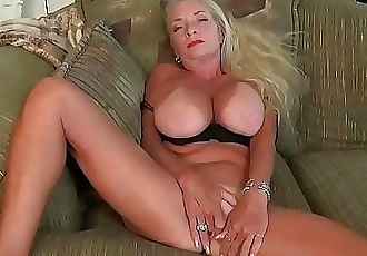 American gilf Kyle spoils us with her massive boobs 12 min HD