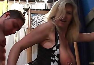 German mature with pierced pussy enjoy blowing a ton of guys 5 min HD+
