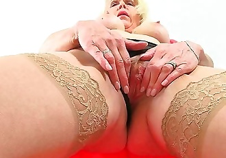 British milf Lady Sextasy loves toying her pussy