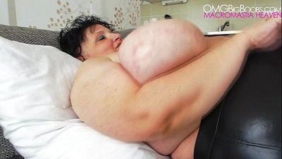 Granny Anika Q - Heavy BBW Tits - 30 sec HD