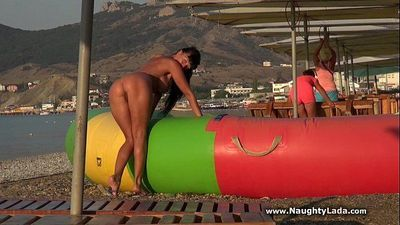 Public nudity on seafront - 1 min 39 sec HD