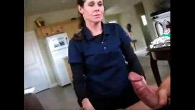 Surprise Mom - 24 sec