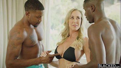 Sexy Mom akes 2 young BBCs - Brandi Love - 1 min 35 sec