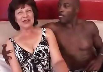 BBC fucking sexy big ass brunette granny 18 min