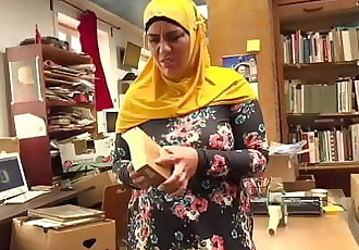 Bookstore owner fucks a happy muslim milf 8 min