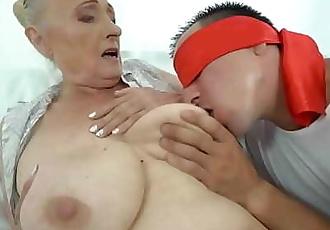 Fat grandma 6 min 720p