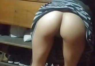 He urges me to fuck, I wear a condom, but I take it off immediately, there is nothing more delicious than to fuck like..