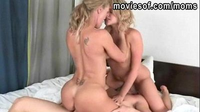 Big tits blonde Brandi Love and Mia Malkova 3some action - 5 min