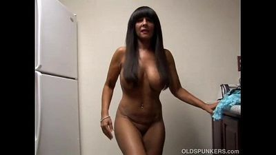 Big tits cougar shows off her sexy body - 9 min
