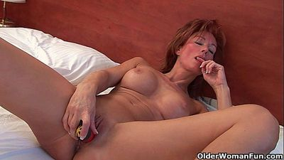 Sultry grandma Nina probes her old pussy with a dildo - 6 min HD