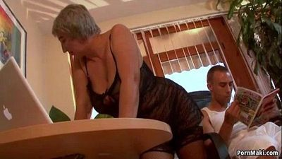 Busty granny wants young dick - 6 min
