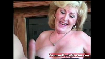 Cute blonde horny granny - 5 min