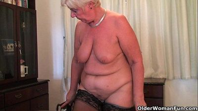 British and full figured granny Sandie masturbates with a dildo - 6 min HD