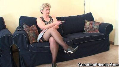 Grandma takes two cocks after masturbation - 6 min