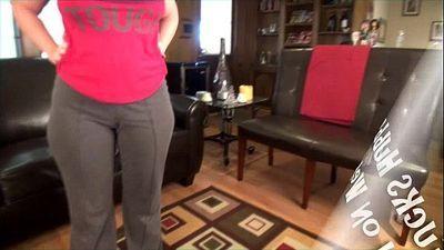 Wife Fucks Hubby and Friend on Webcam - 2 min HD