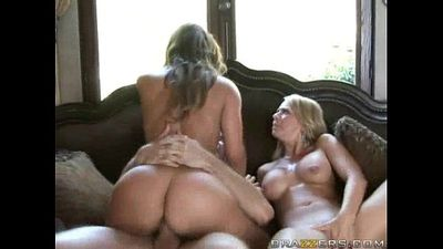 Threesome with Hot Cougars! - 3 min